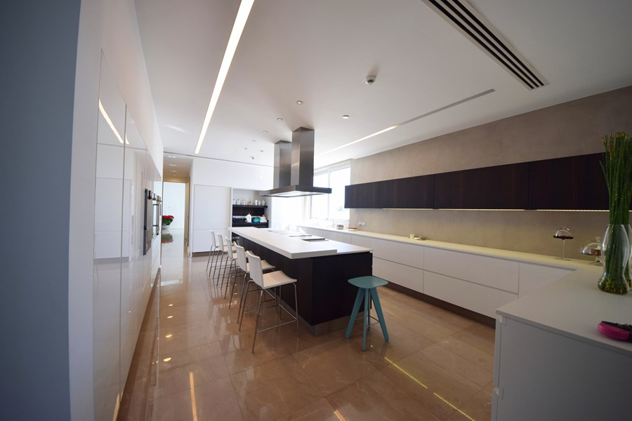 L-House by Christos Pavlou Architecture 09
