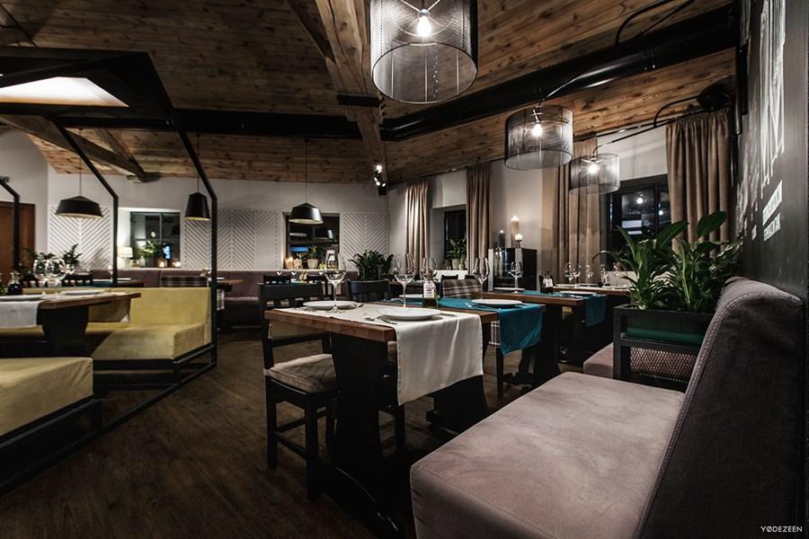 Toscana Grill Restaurant by YoDezeen 04