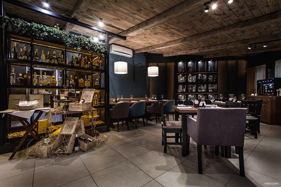 Toscana Grill Restaurant by YoDezeen 05