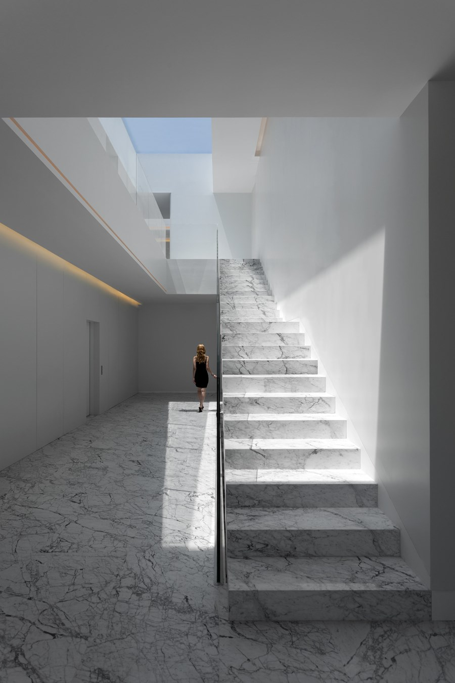 Aluminium House by Fran Silvestre Arquitectos 06
