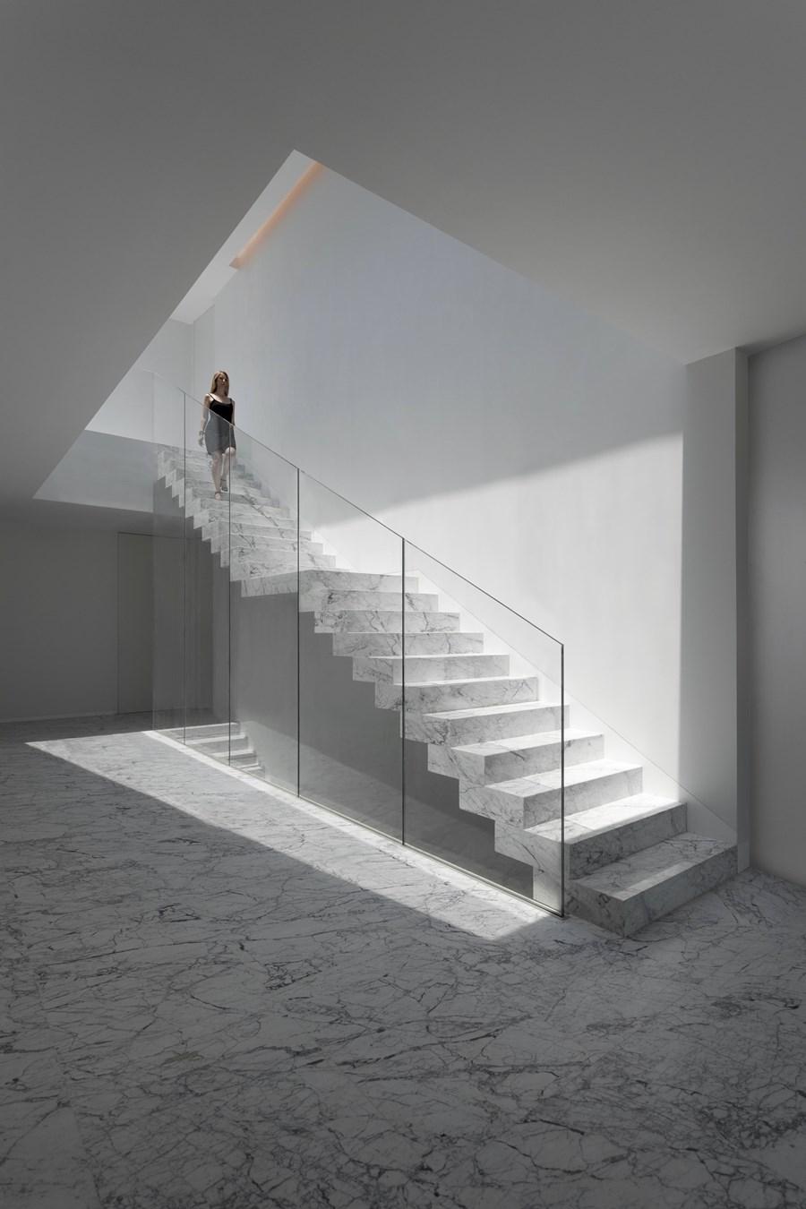 Aluminium House by Fran Silvestre Arquitectos 07