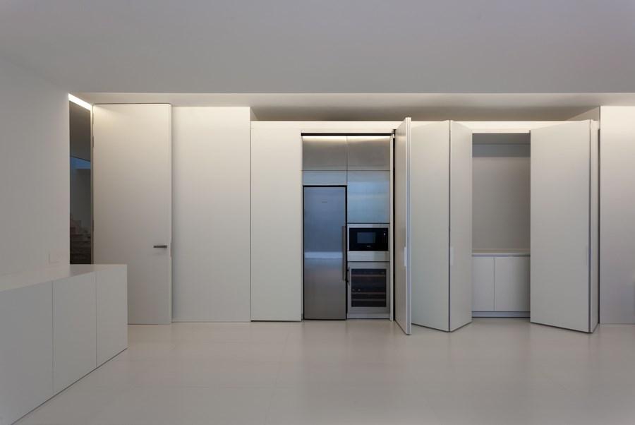 Aluminium House by Fran Silvestre Arquitectos 18