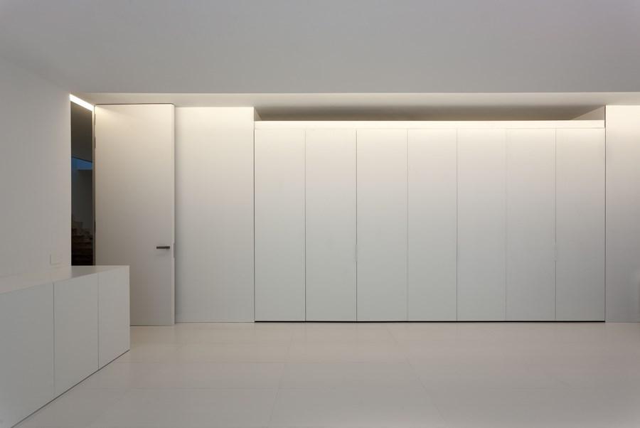 Aluminium House by Fran Silvestre Arquitectos 19