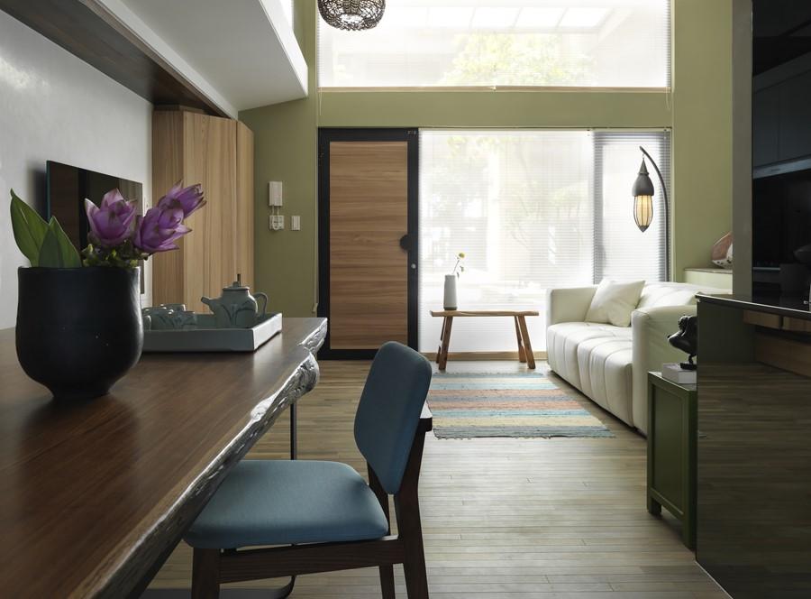 2 storey apartment by Hozo Interior Design 05