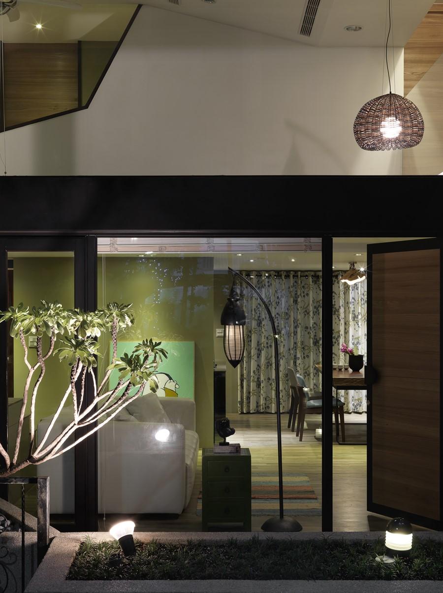 2 storey apartment by Hozo Interior Design 28