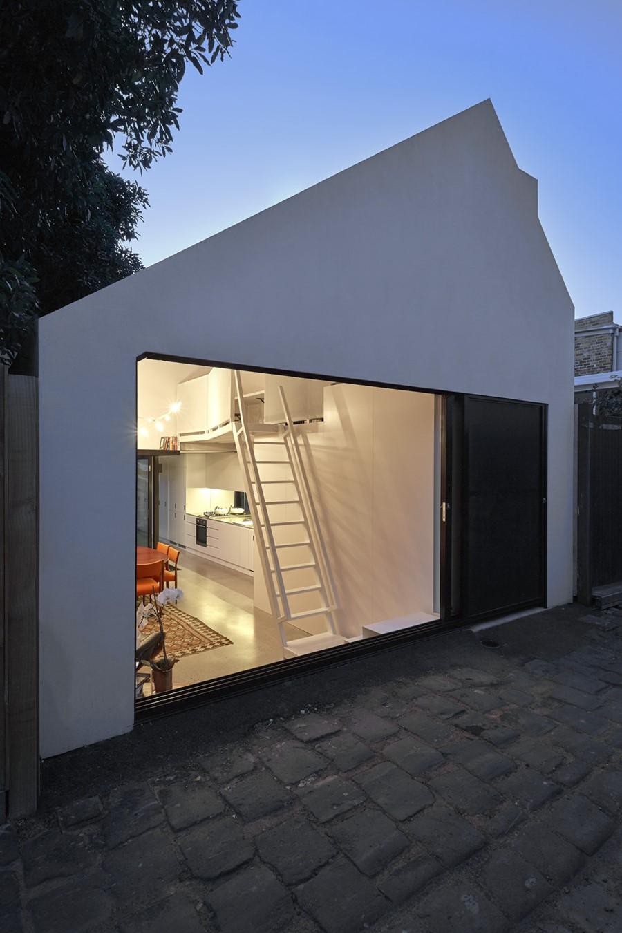 Alfred house by Austin Maynard Architects 01