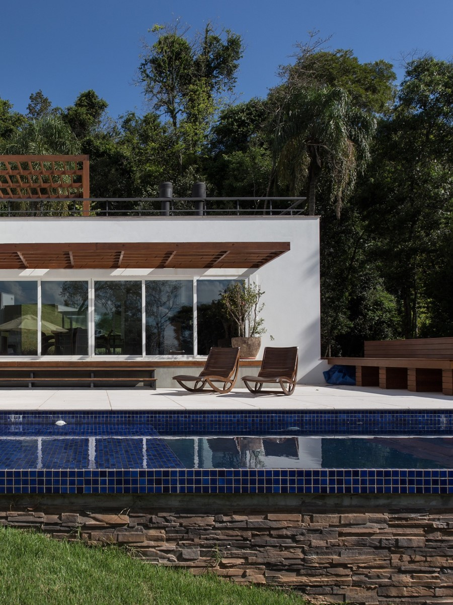 House 4.16.3 by Luciano Lerner Basso 03