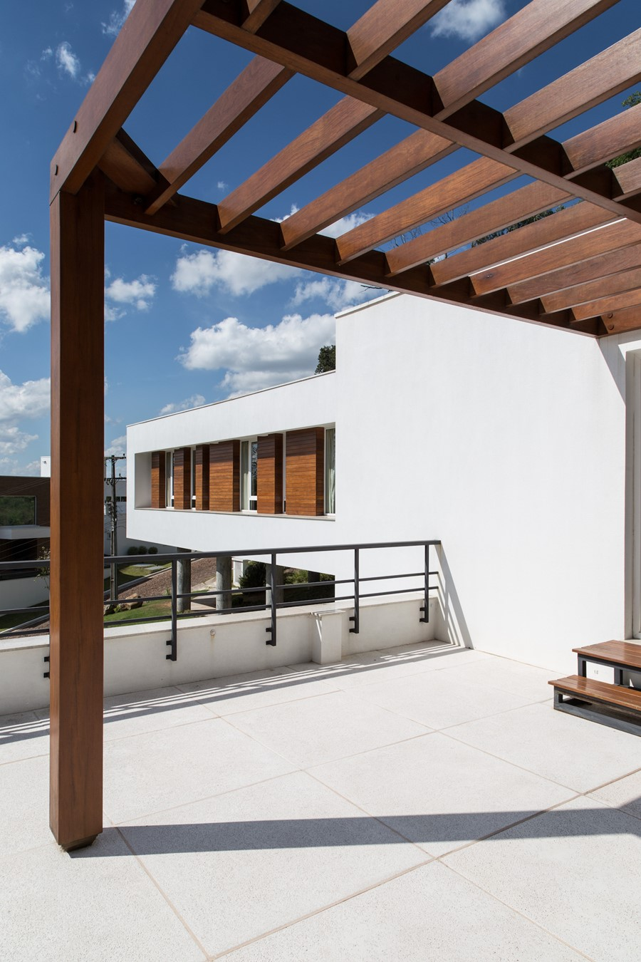 House 4.16.3 by Luciano Lerner Basso 10