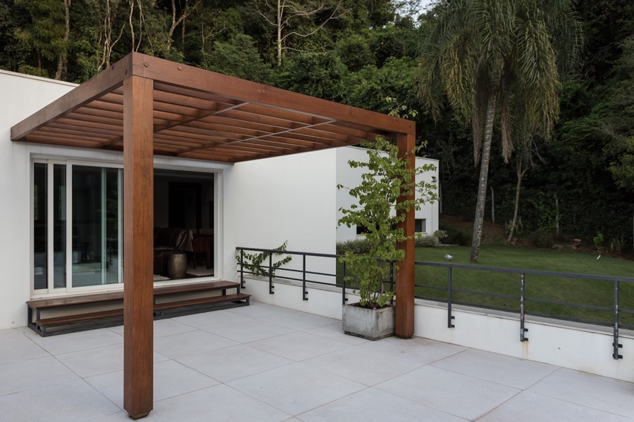 House 4.16.3 by Luciano Lerner Basso 12