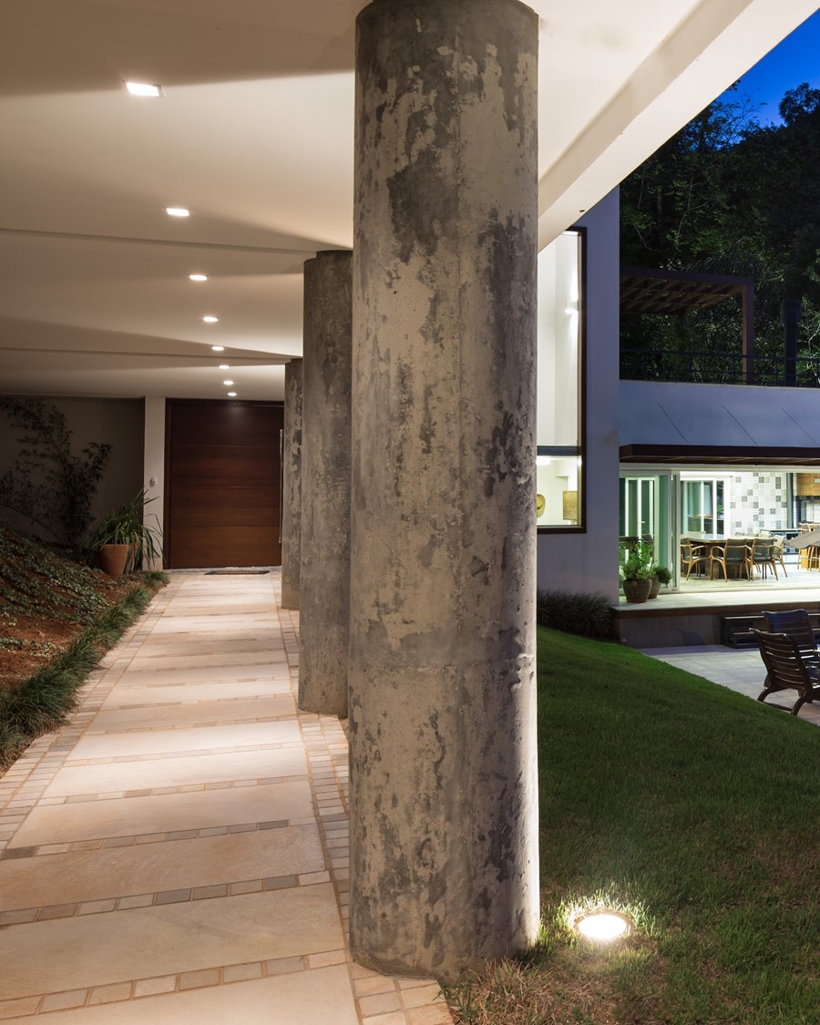House 4.16.3 by Luciano Lerner Basso 13