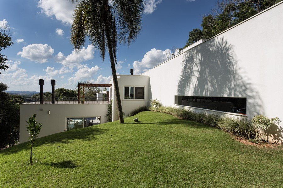 House 4.16.3 by Luciano Lerner Basso 15