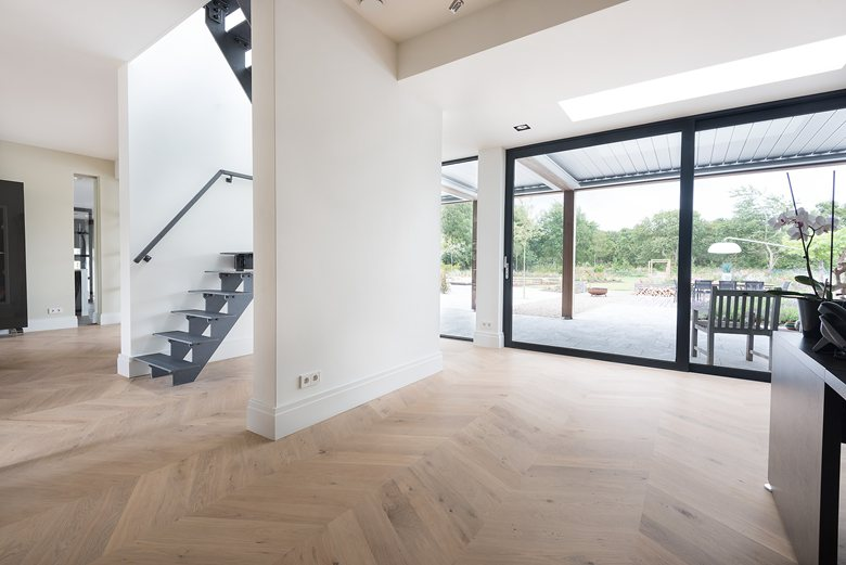 Chevron Oak flooring by Dennebos Flooring 01