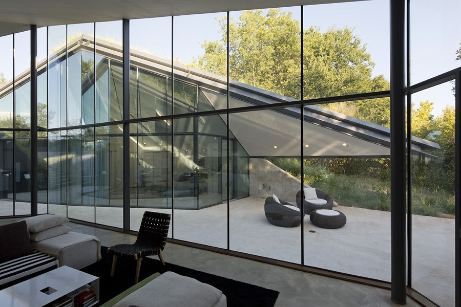 Edgeland House by Bercy Chen Studio LP 06