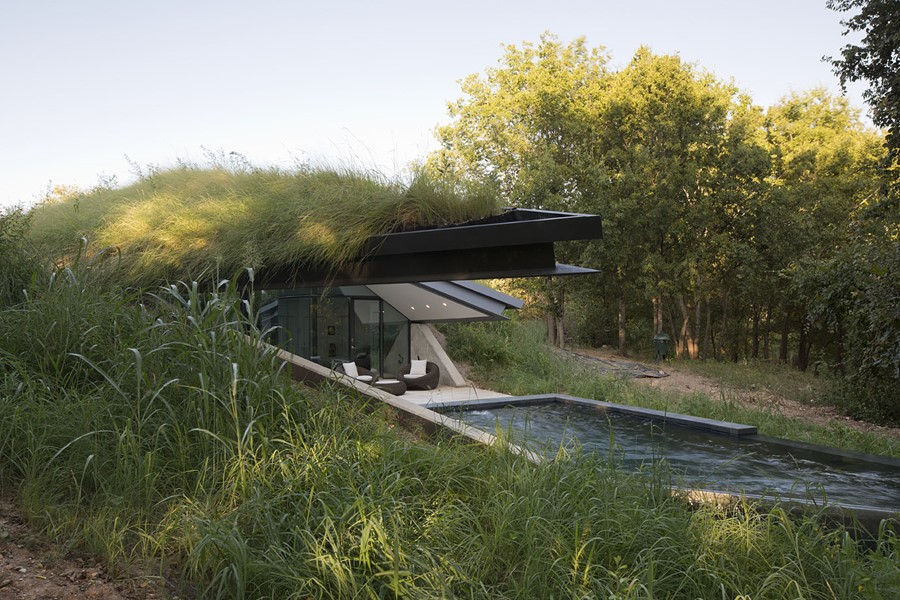 Edgeland House by Bercy Chen Studio LP 09