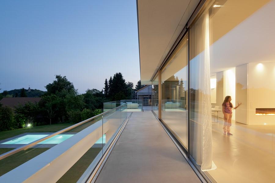 House Von Stein by Philipp Architekten 13
