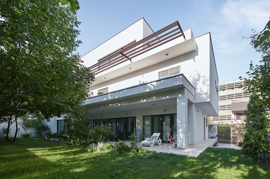 Park View House by Razvan Barsan + Partners 11