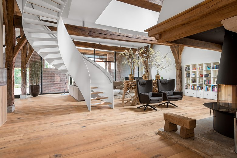 old farmhouse reshaped  by Dennebos Flooring 01