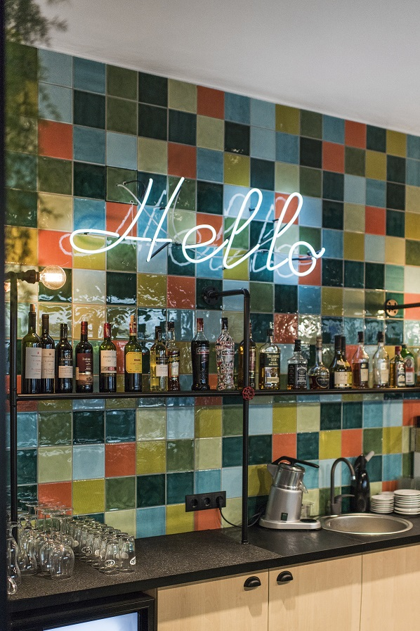 charlie-pizza-restaurant-by-in-arch-13