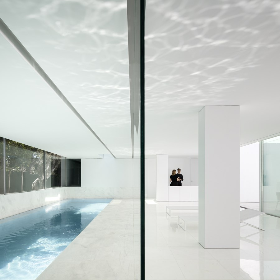 House between the pine forest by Fran Silvestre Arquitectos 20