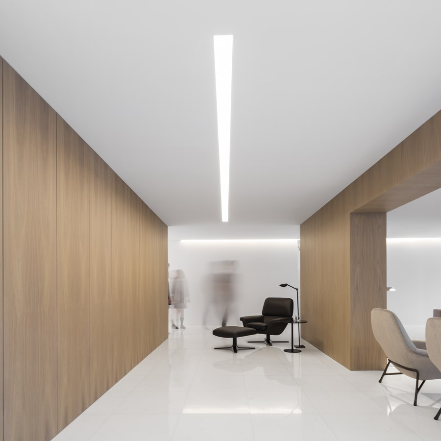 House between the pine forest by Fran Silvestre Arquitectos 22