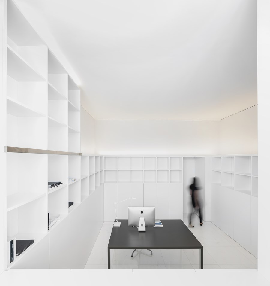House between the pine forest by Fran Silvestre Arquitectos 27