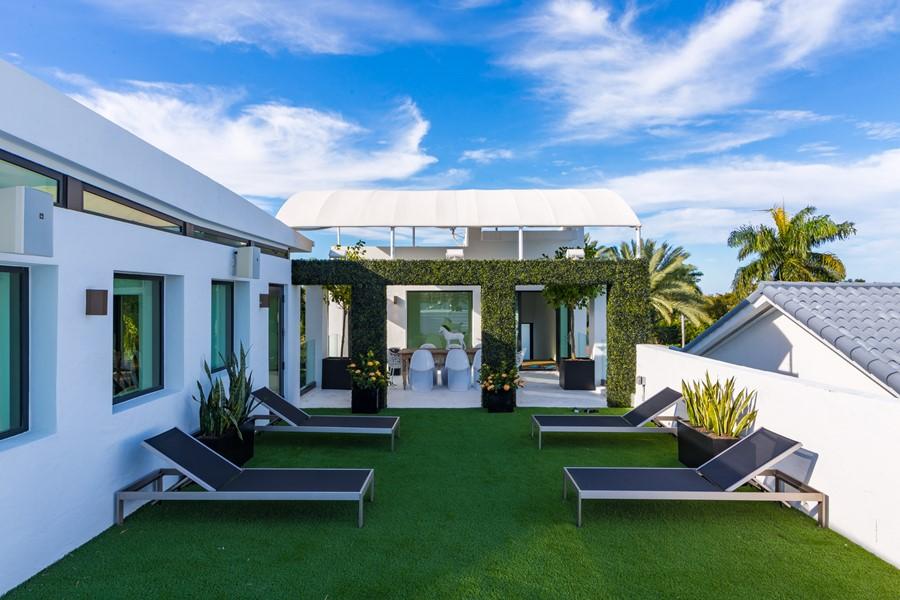 Villa Venetian by Choeff Levy Fischman Architecture + Design 04