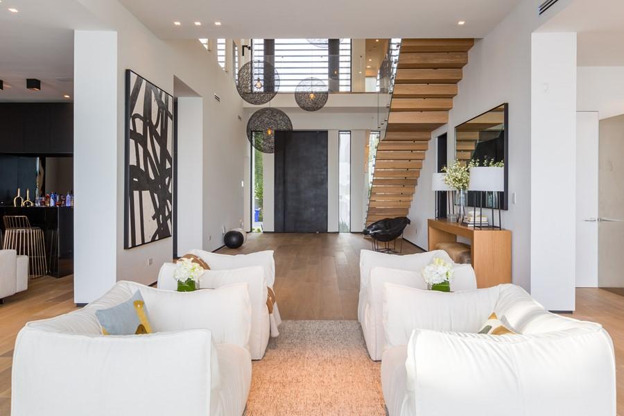 Villa Venetian by Choeff Levy Fischman Architecture + Design 06