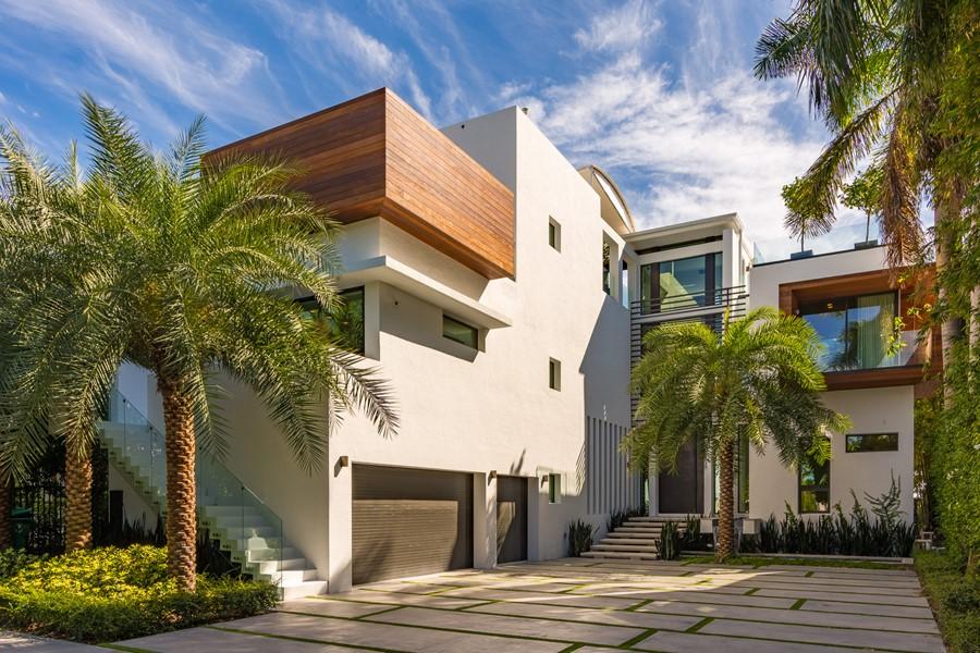 Villa Venetian by Choeff Levy Fischman Architecture + Design 15