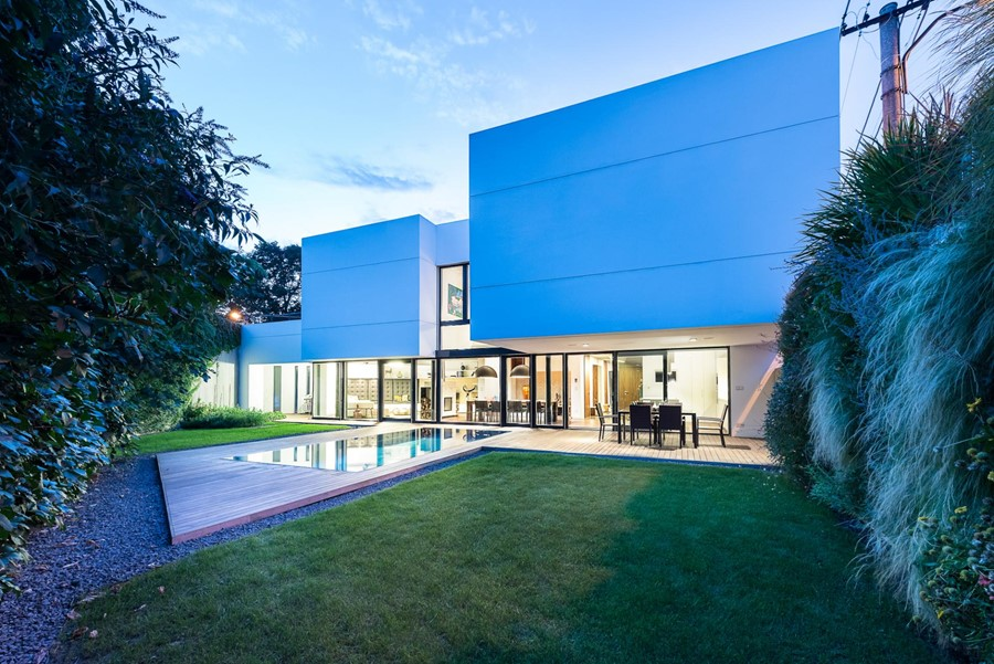 White Cubes House by at26 01