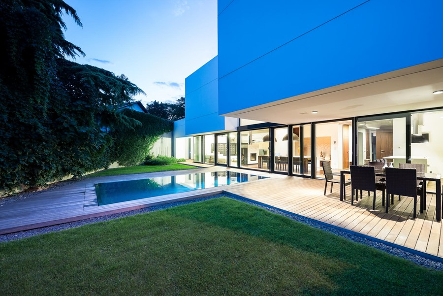 White Cubes House by at26 02