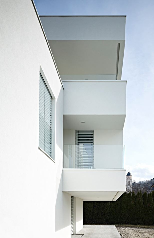 bl-single-family-house-by-burnazzi-feltrin-architetti-14