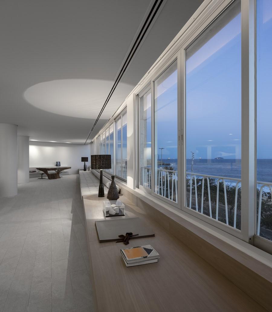 ipanema-apartment-by-studio-arthur-casas-04