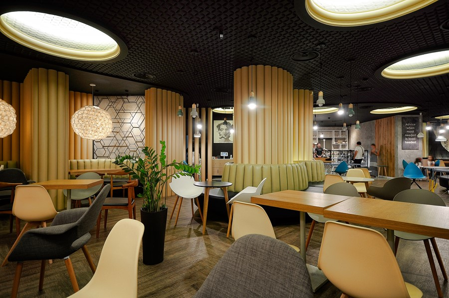new-cafe-redcup-by-allartsdesign-07