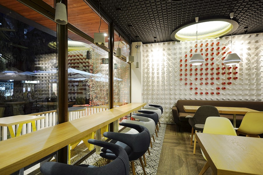 new-cafe-redcup-by-allartsdesign-08