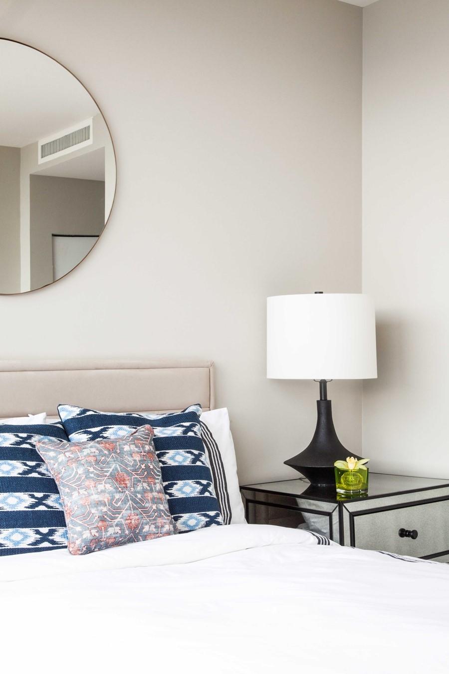 Vancouver condo design by lux design myhouseidea for Lux home design