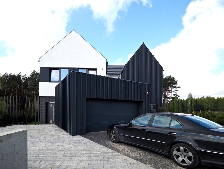 fence-house-by-modelina-33