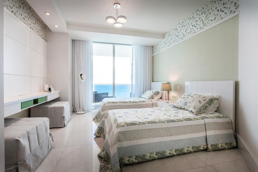 apartment-in-miami-by-regina-claudia-08