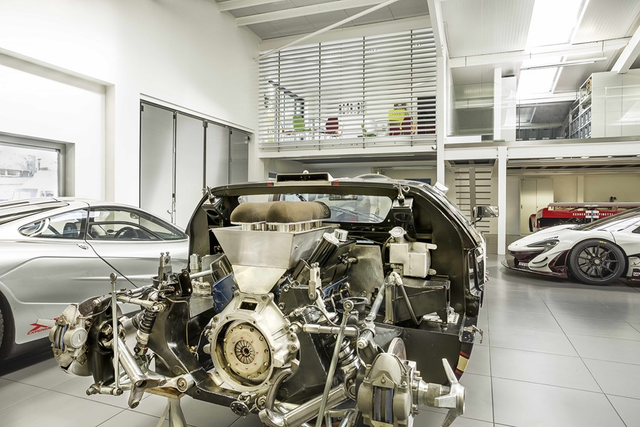 supercar-workshop-by-ob-architecture-04