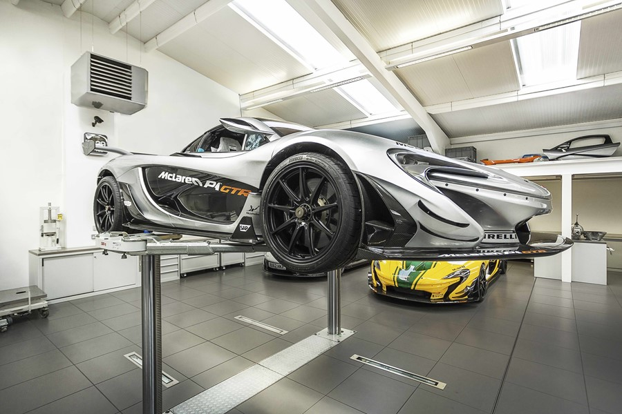 supercar-workshop-by-ob-architecture-05