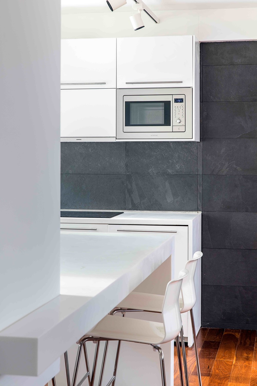 Colorful Hong Gong Kitchen Festooning - Kitchen Cabinets | Ideas ...