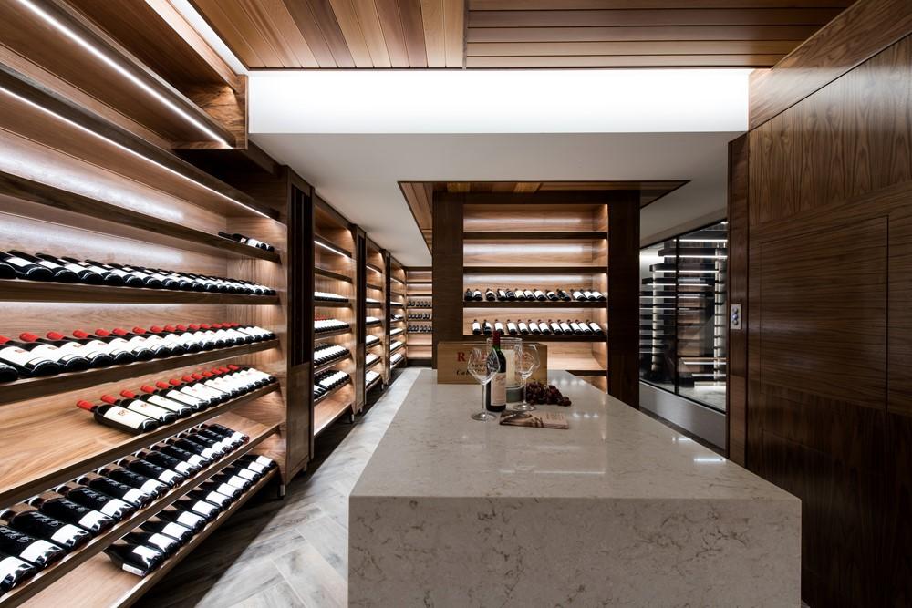 Lagoon house by robin payne building design myhouseidea for Building a wine cellar at home