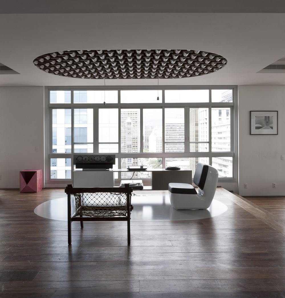 Snell Isle Apartments: Paulista Apartment By Triptyque