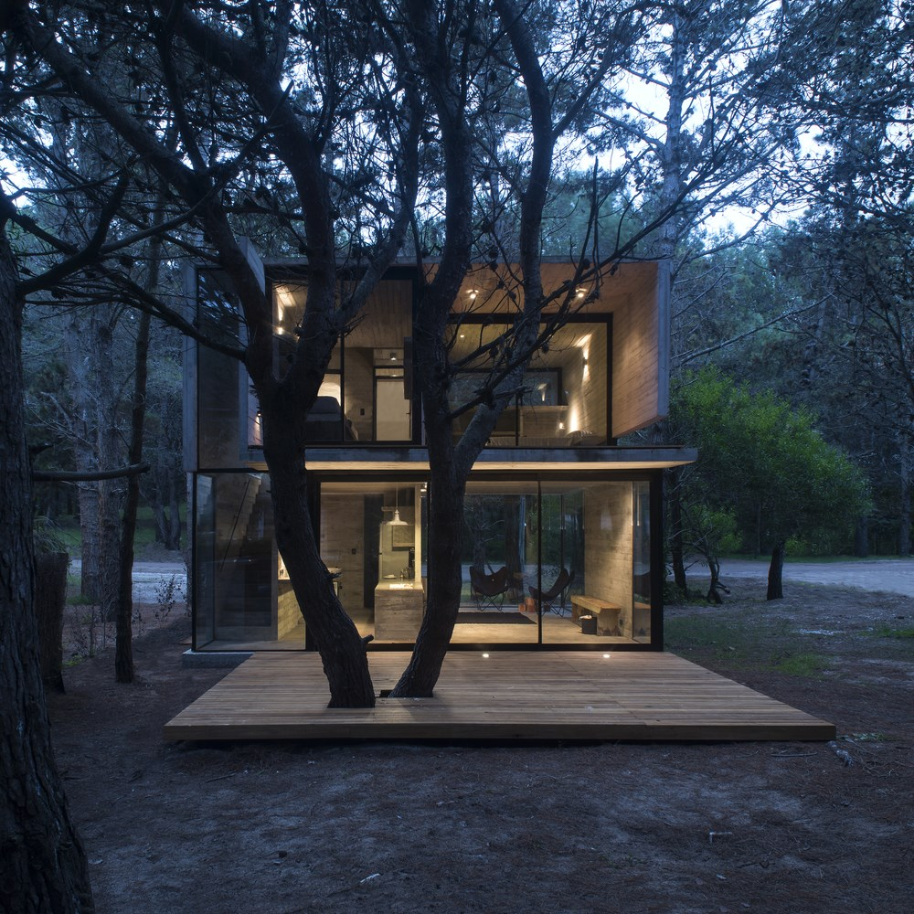 H3 House by Luciano Kruk
