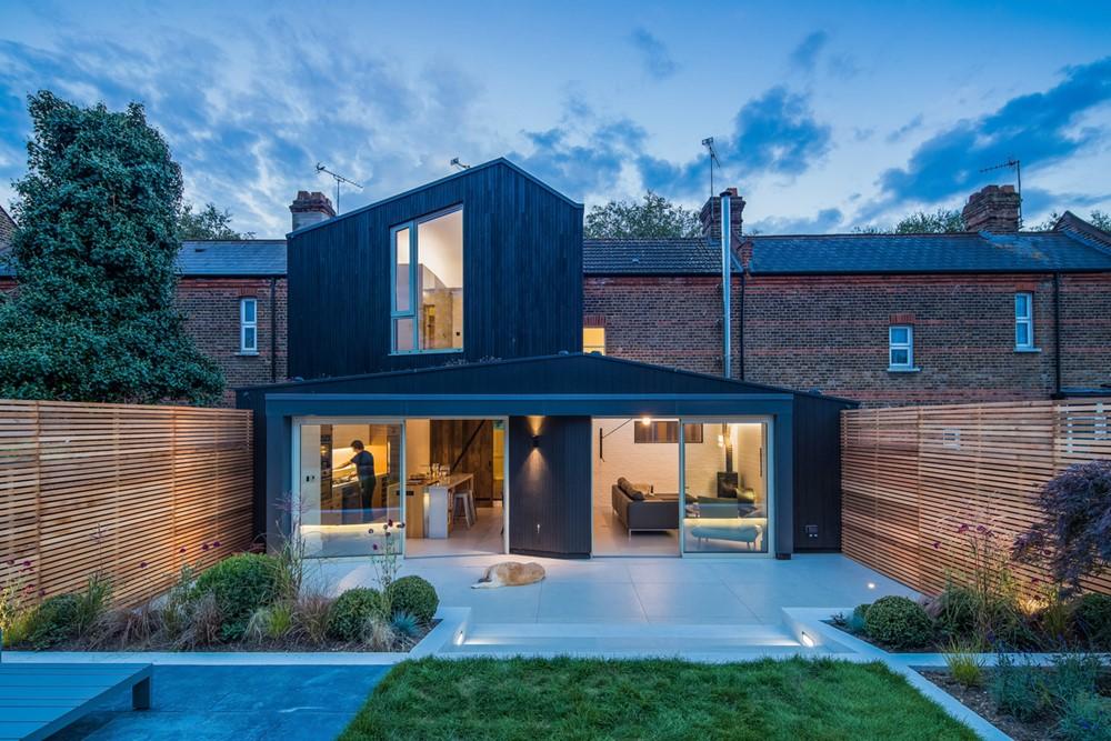 Black Ridge House by Neil Dusheiko Architects