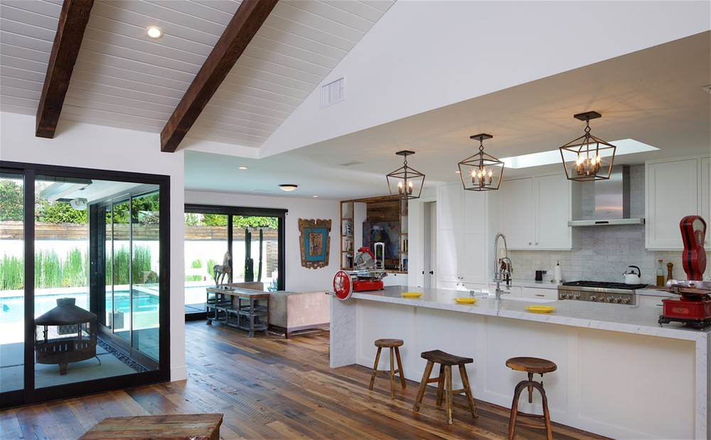 Brentwood Country Mart Ranch Redo by Scrafano Architects