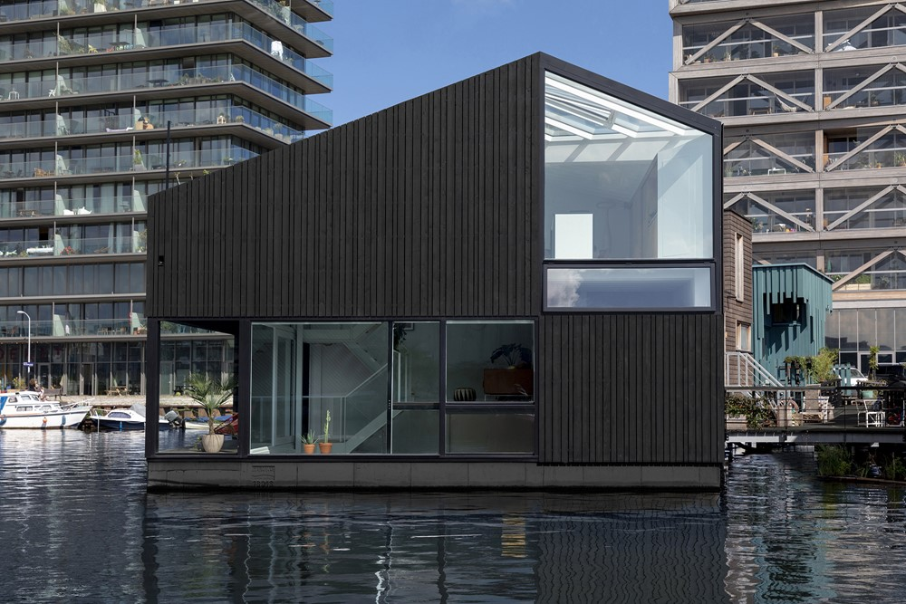 Floating Home by i29 architects