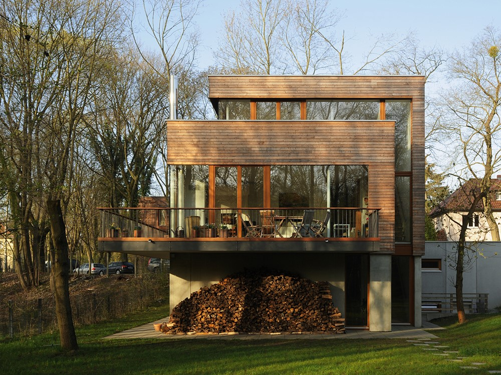 Double Cube House by Carlos Zwick Architekten BDA