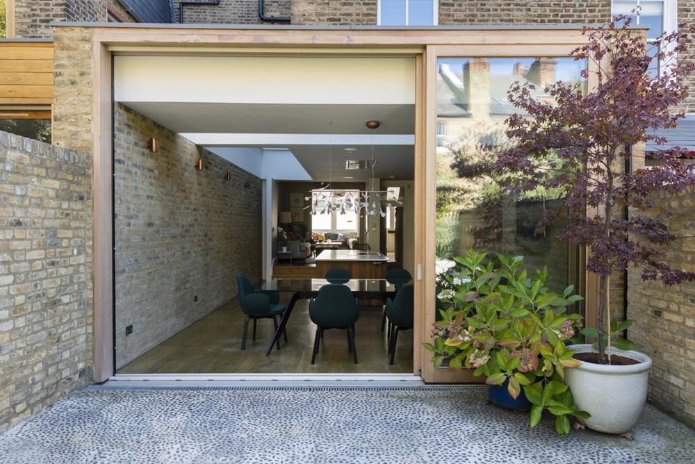 Islington by Pardon Chambers Architects